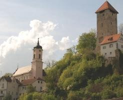 q_rechtenstein_bergfried_488_396_90